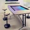 Masă de lucru cu interfaţă interactivă